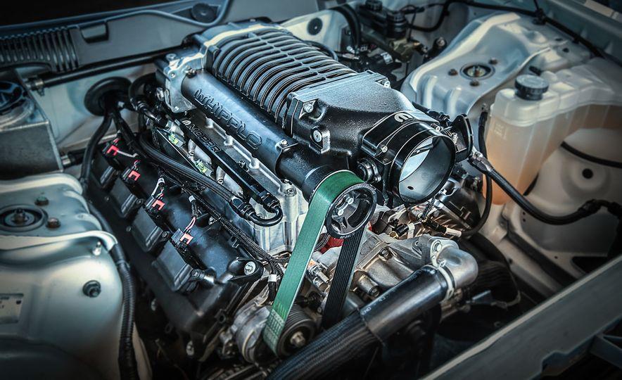 Mopar Dodge Challenger Drag Paks - Slide 12