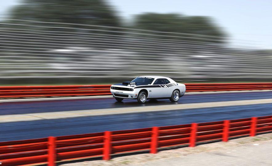 Mopar Dodge Challenger Drag Paks - Slide 13