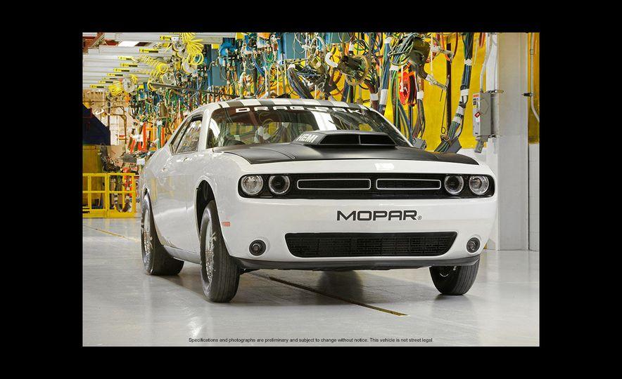 Mopar Dodge Challenger Drag Paks - Slide 18