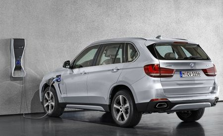 Ready to Plug In: 2016 BMW X5 xDrive40e Plug-In Hybrid Priced