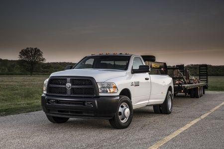 2016 Ram 3500 Lets You Tow an Even Bigger House