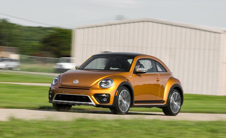 Volkswagen Beetle Dune hybrid concept - Slide 1