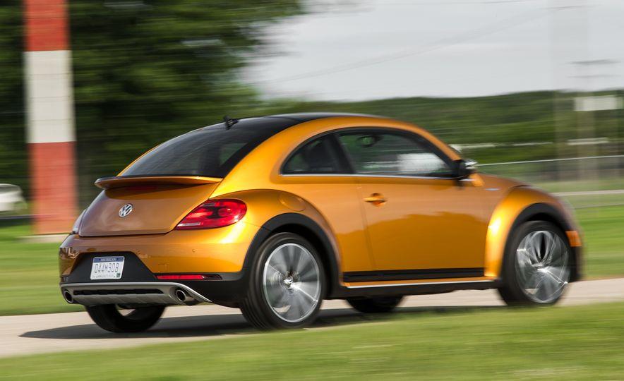 Volkswagen Beetle Dune hybrid concept - Slide 3