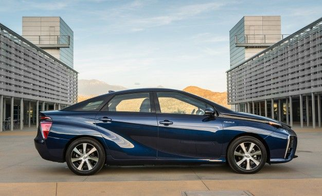 2019 Toyota Mirai Reviews Price Photos And Specs Car Driver