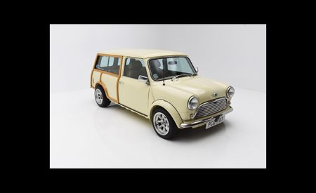 This Classic Mini Countryman Might Just Fit Just Inside a New Mini Countryman