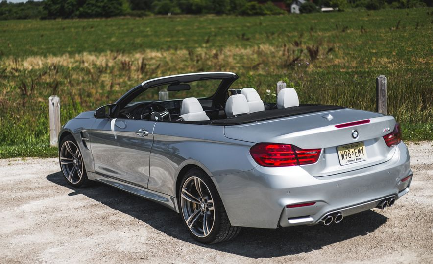 2015 BMW M4 convertible - Slide 19