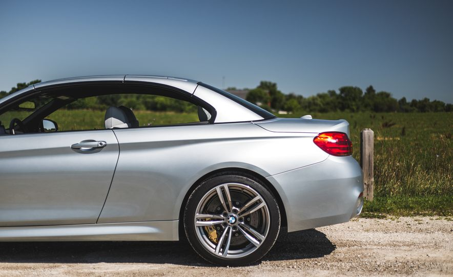 2015 BMW M4 convertible - Slide 37