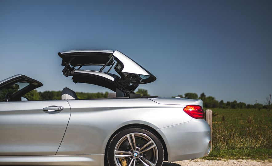 2015 BMW M4 convertible - Slide 38