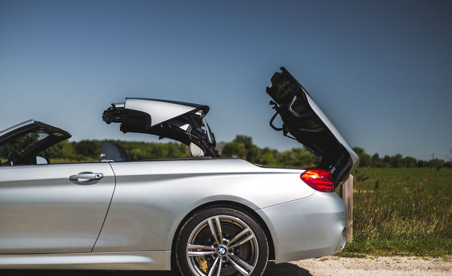 2015 BMW M4 convertible - Slide 39
