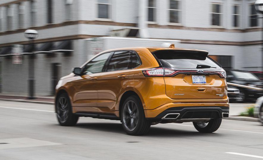 2015 Ford Edge 2.7L EcoBoost AWD - Slide 9