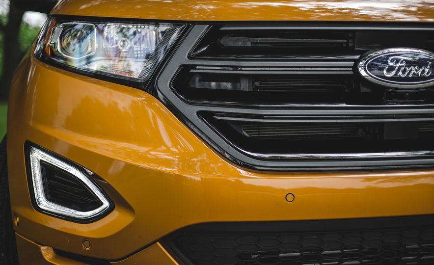 2015 Ford Edge 2.7L EcoBoost AWD - Slide 13
