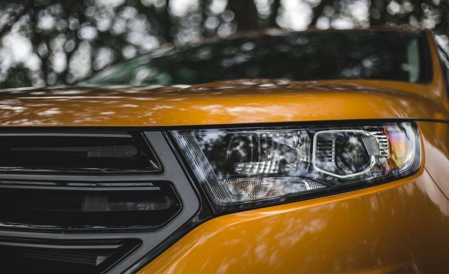 2015 Ford Edge 2.7L EcoBoost AWD - Slide 15