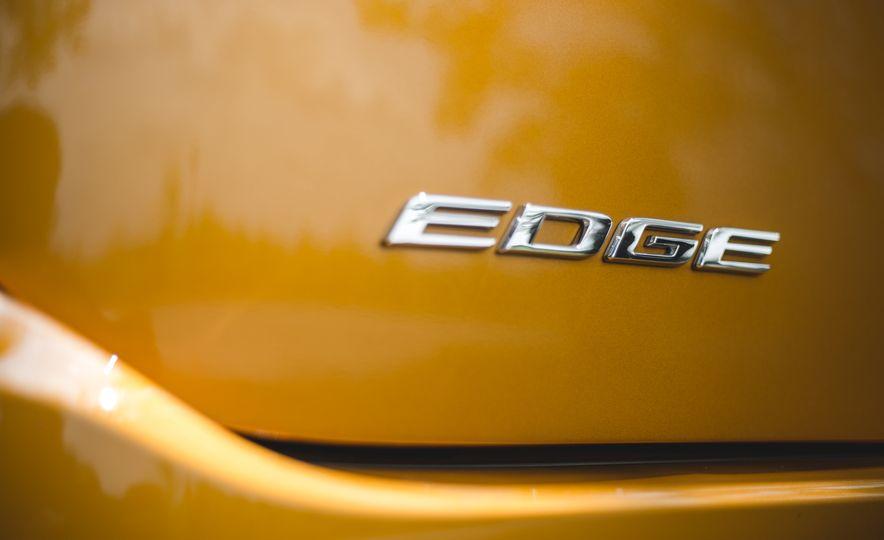 2015 Ford Edge 2.7L EcoBoost AWD - Slide 19