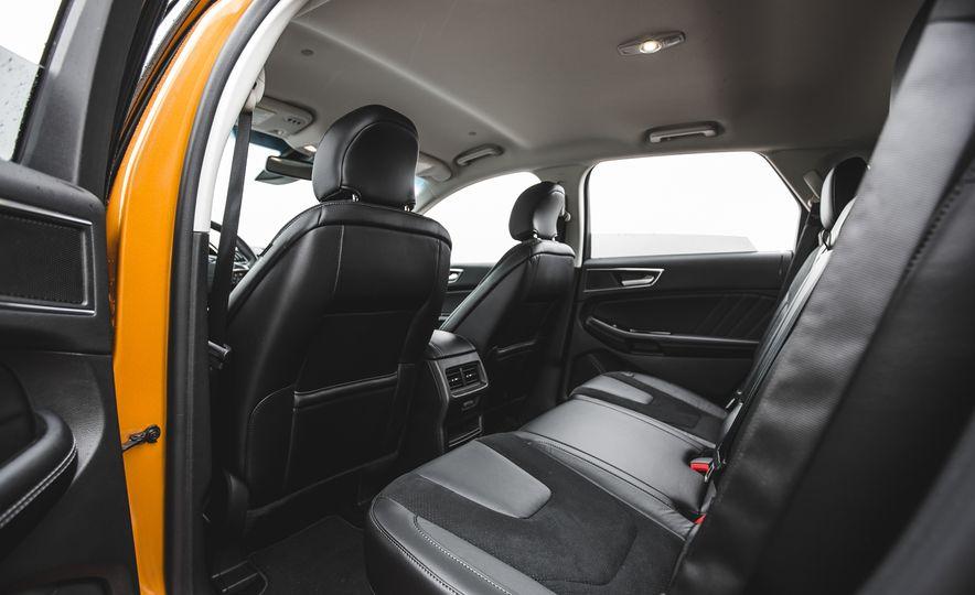 2015 Ford Edge 2.7L EcoBoost AWD - Slide 23