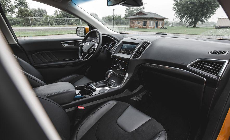 2015 Ford Edge 2.7L EcoBoost AWD - Slide 24
