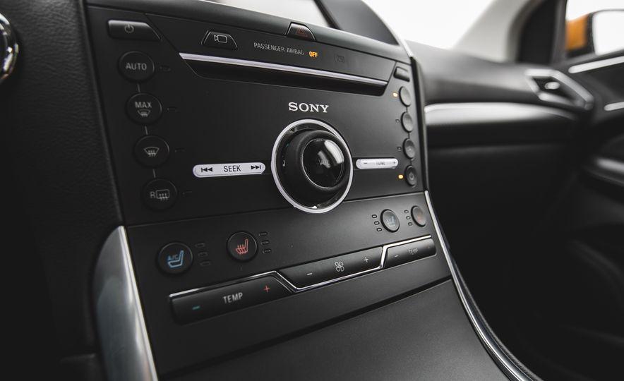 2015 Ford Edge 2.7L EcoBoost AWD - Slide 33