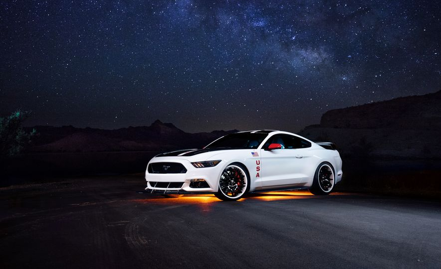 2015 Ford Mustang GT Apollo Edition - Slide 1