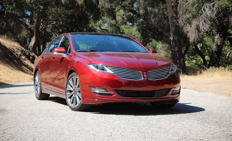 2015 Lincoln MKZ Hybrid – Quick-Take Review