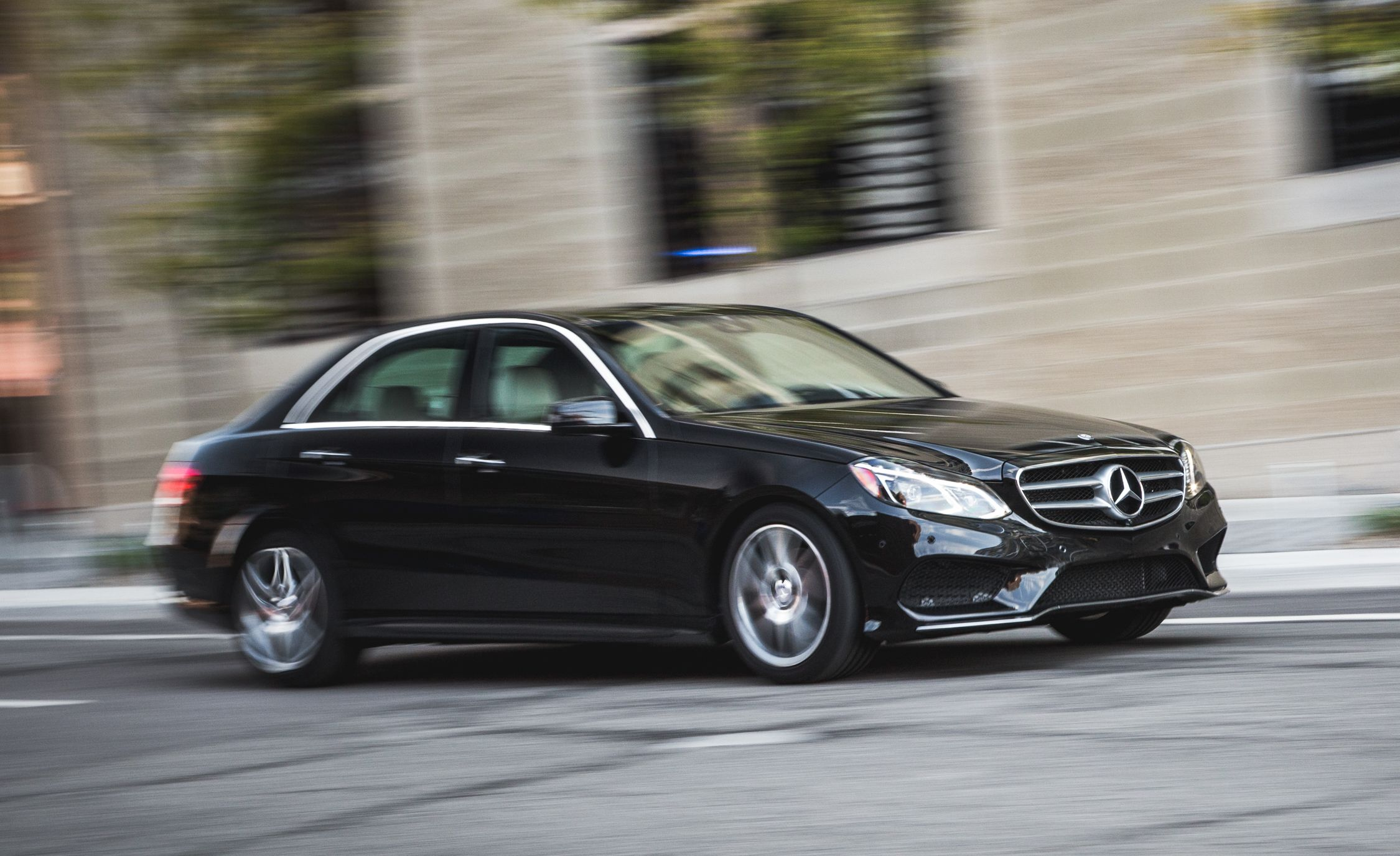 2015 mercedes benz e400 4matic pictures photo gallery car and driver