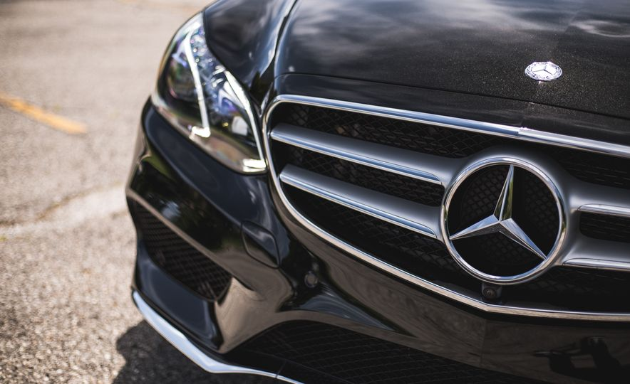 2015 Mercedes-Benz E400 4MATIC - Slide 14
