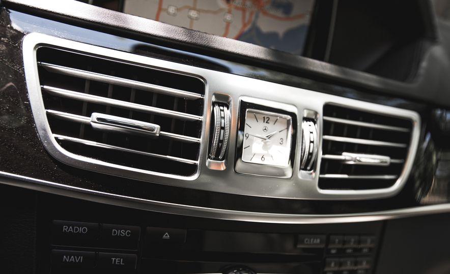 2015 Mercedes-Benz E400 4MATIC - Slide 36