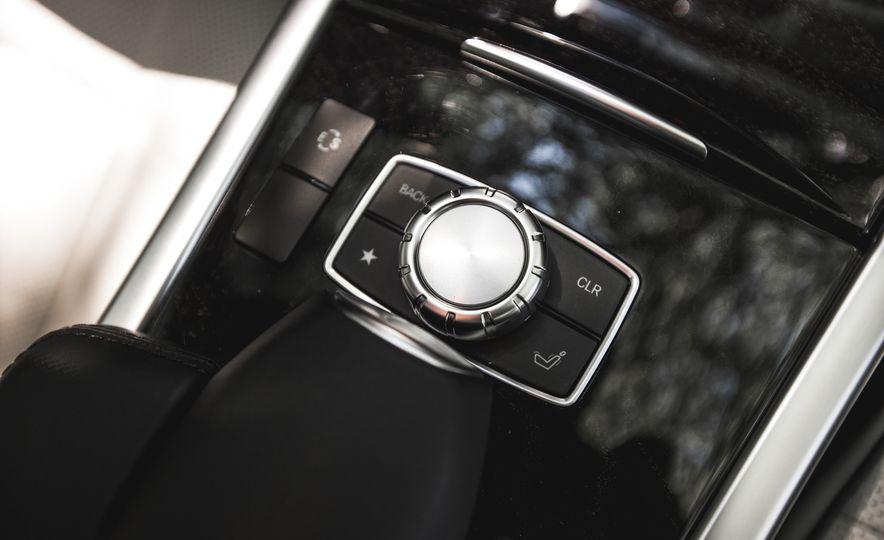 2015 Mercedes-Benz E400 4MATIC - Slide 37