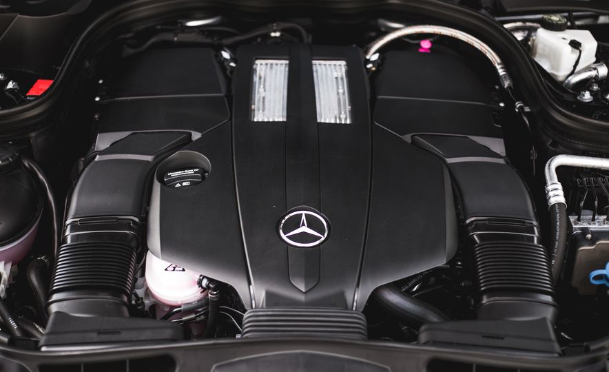 2015 Mercedes-Benz E400 4MATIC - Slide 41