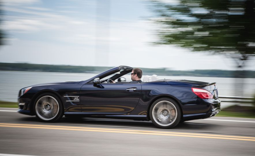 2015 Mercedes-Benz SL63 AMG - Slide 5