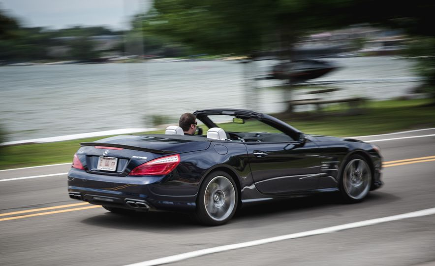 2015 Mercedes-Benz SL63 AMG - Slide 7