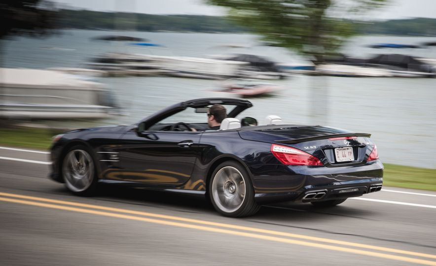 2015 Mercedes-Benz SL63 AMG - Slide 9