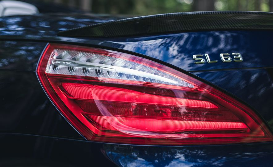 2015 Mercedes-Benz SL63 AMG - Slide 31