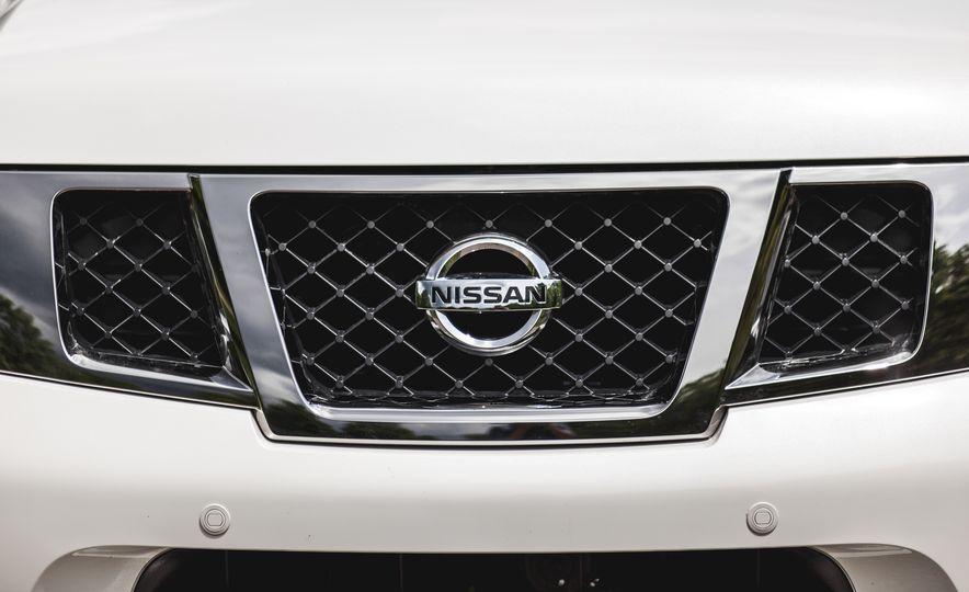 2015 Nissan Armada Platinum - Slide 14