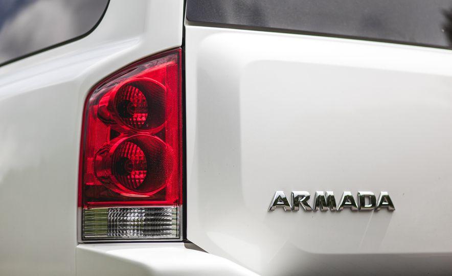 2015 Nissan Armada Platinum - Slide 17