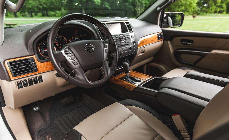 2015 Nissan Armada Platinum - Slide 19