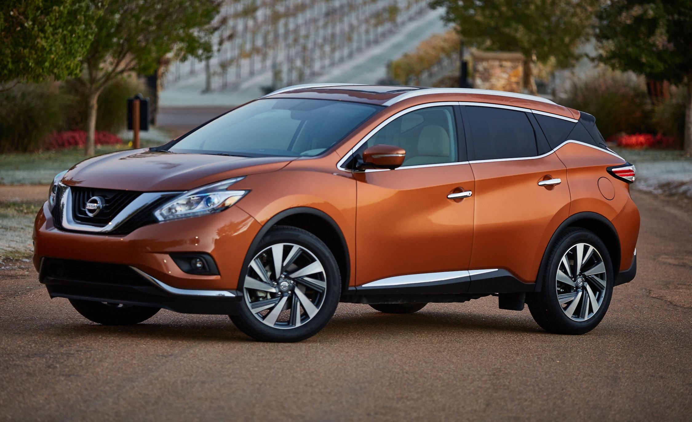 Nissan Murano Reviews Price Photos And Specs Car Driver
