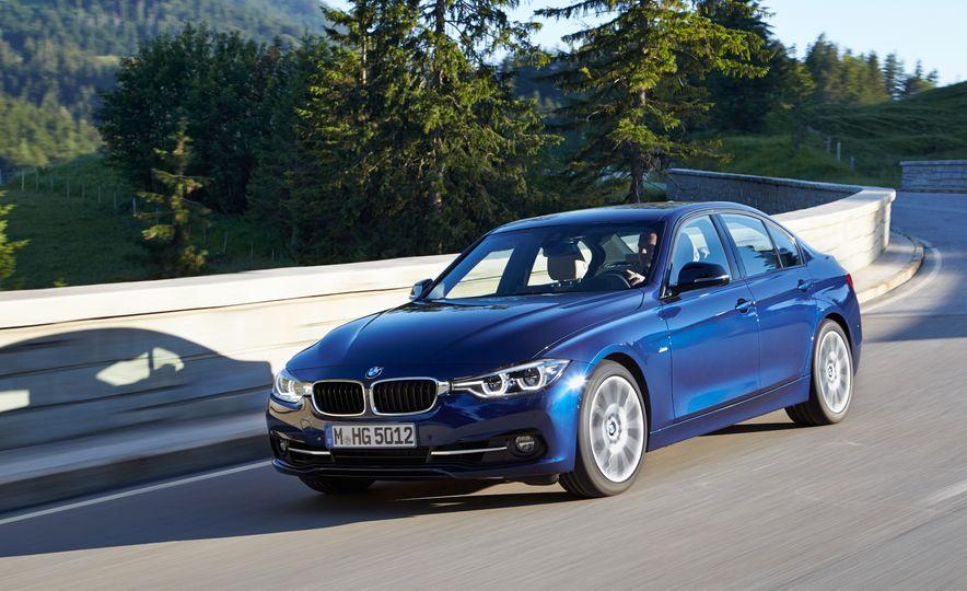 BMW 340i - Slide 3