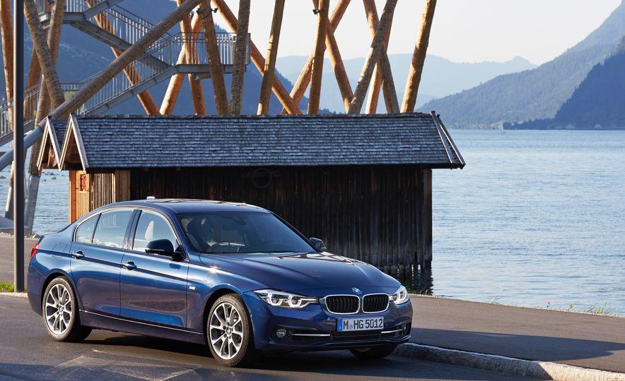BMW 340i - Slide 13