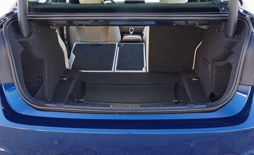 BMW 340i - Slide 18