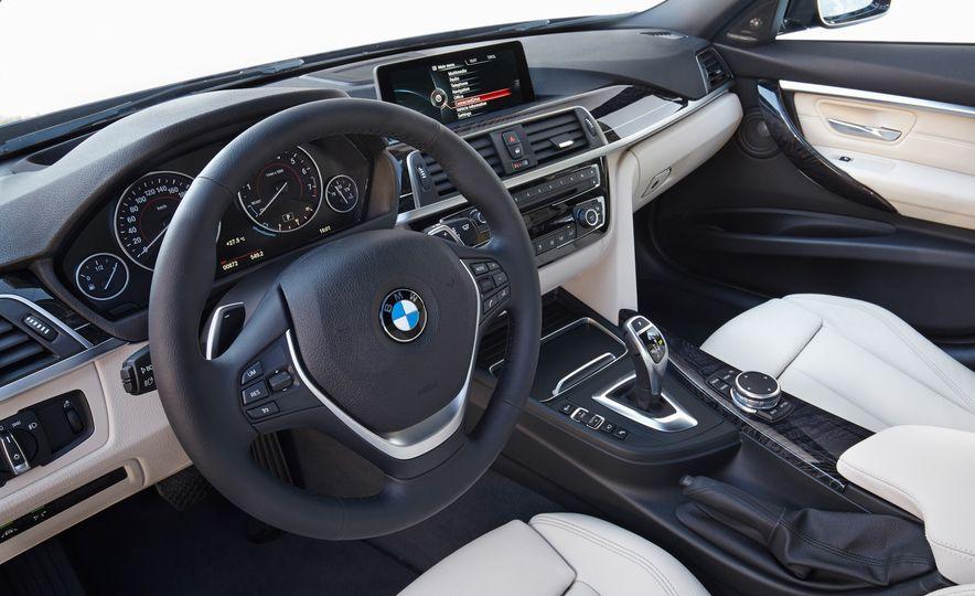 BMW 340i - Slide 19