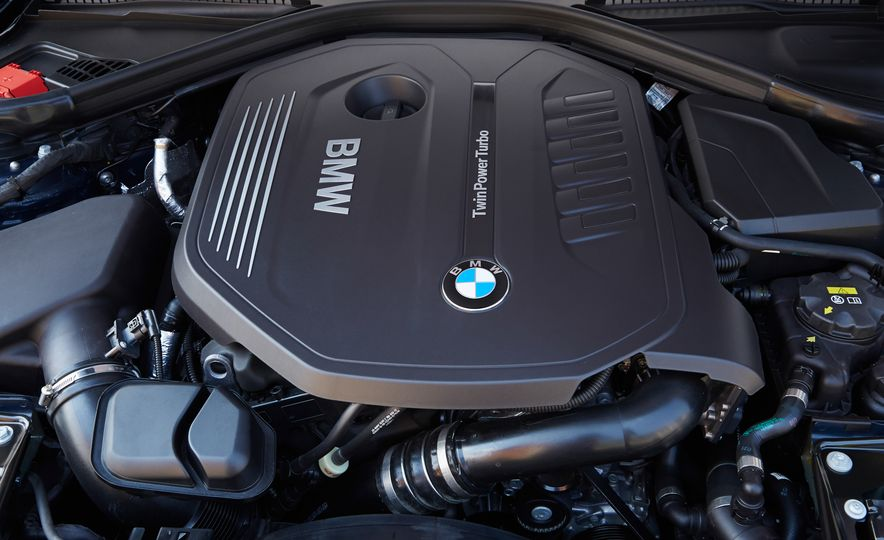 BMW 340i - Slide 20