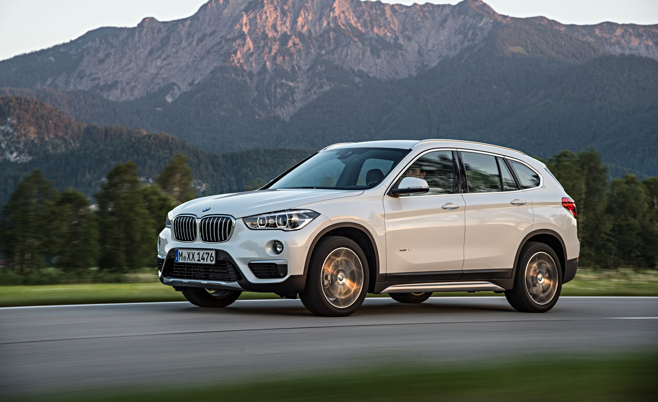 2019 Bmw X1 Reviews Bmw X1 Price Photos And Specs