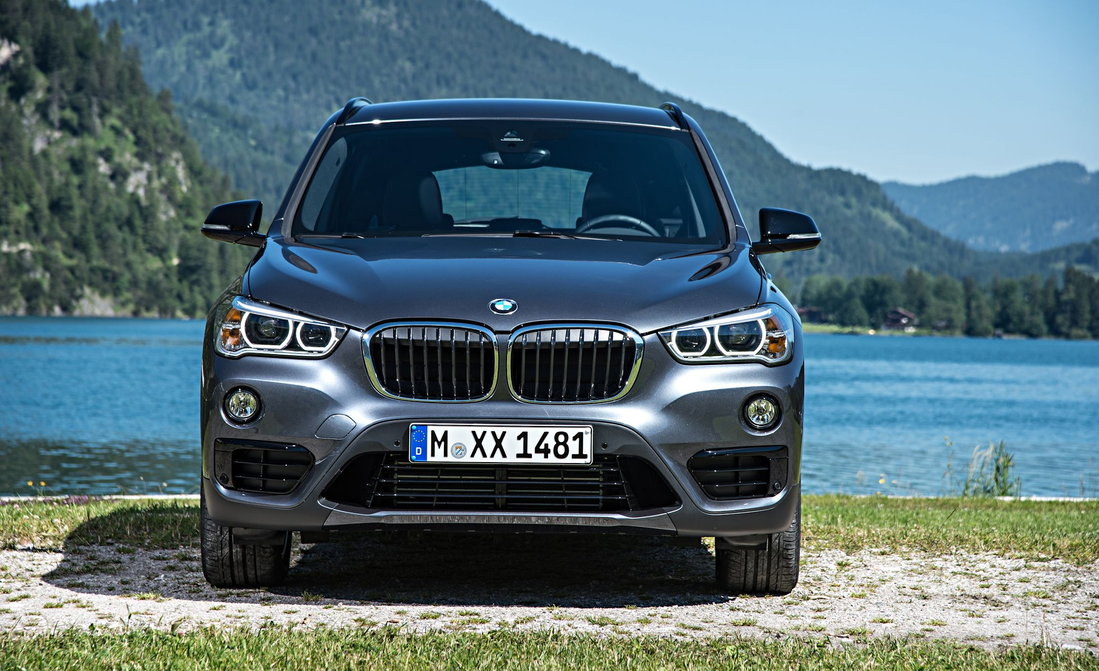 2019 Bmw X1 Reviews Bmw X1 Price Photos And Specs Car And Driver