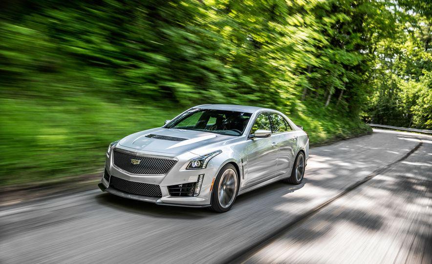 2016 Cadillac CTS-V - Slide 8