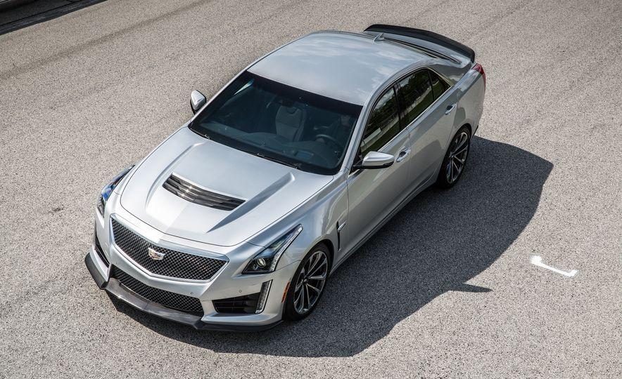 2016 Cadillac CTS-V - Slide 12
