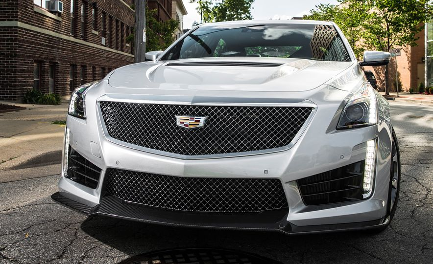 2016 Cadillac CTS-V - Slide 14