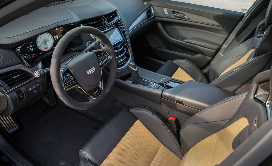 2016 Cadillac CTS-V - Slide 24