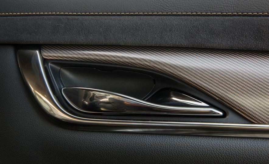 2016 Cadillac CTS-V - Slide 29