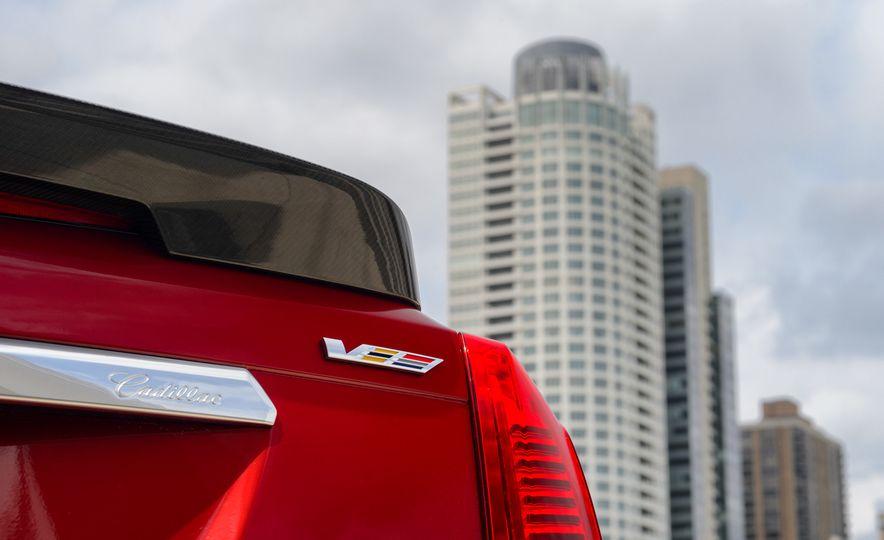 2016 Cadillac CTS-V - Slide 38