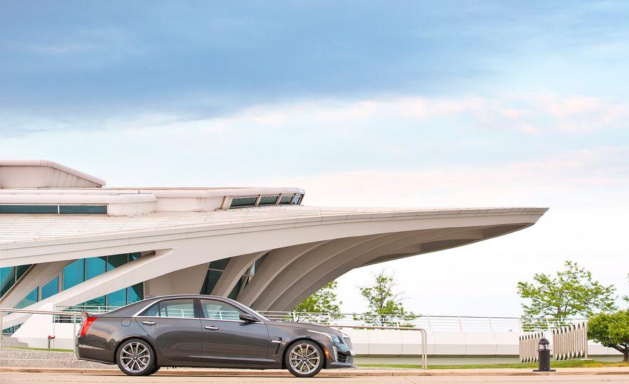 2016 Cadillac CTS-V - Slide 42