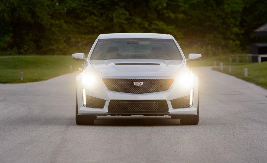 2016 Cadillac CTS-V - Slide 46